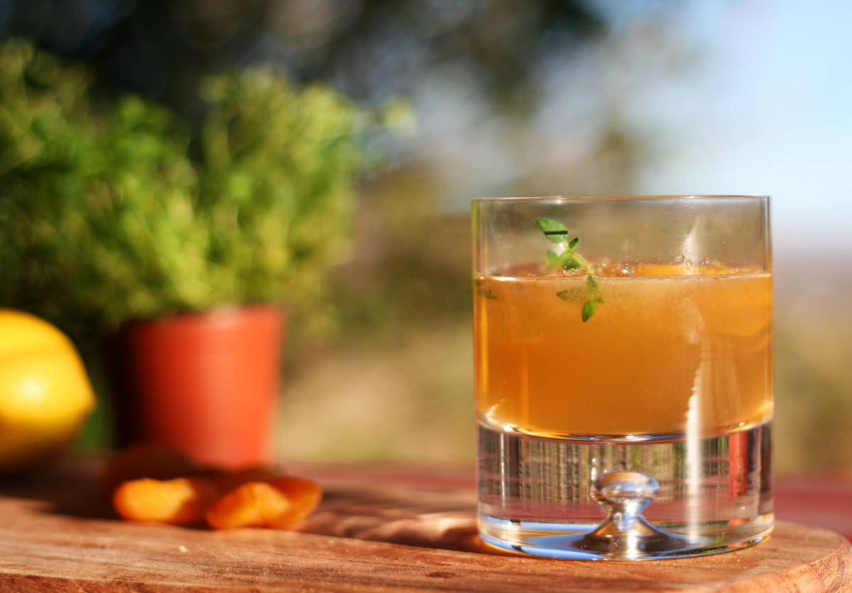bourbon, rothman + winter orchard apricot liqueur, thyme, honey, and lemon juice - Joshua tree